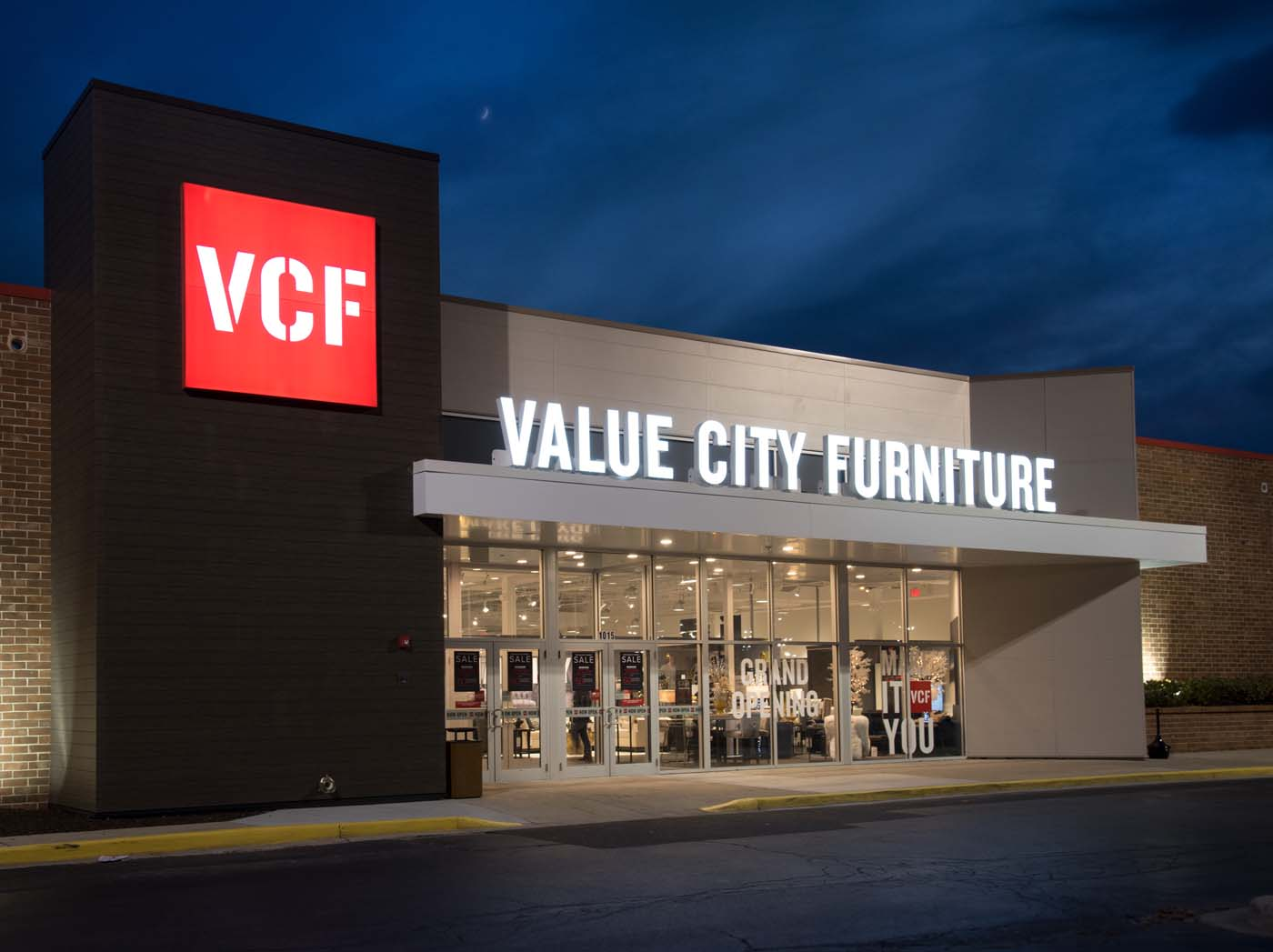 Value City Furniture Sign