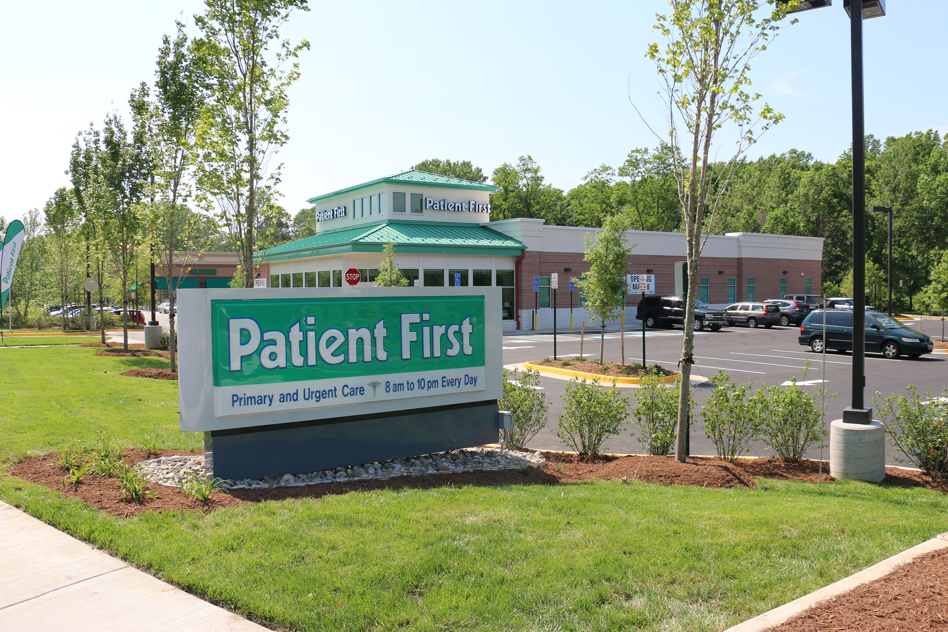 Patient First Sign Fairfax VA